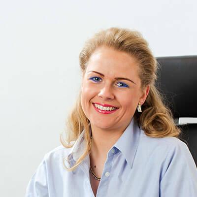 Rennow Leihaus & Juwelier - Nina Weiss
